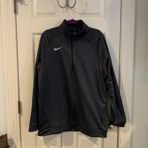 Nike Therma Dry-Fit Sweatshirt, new with tags